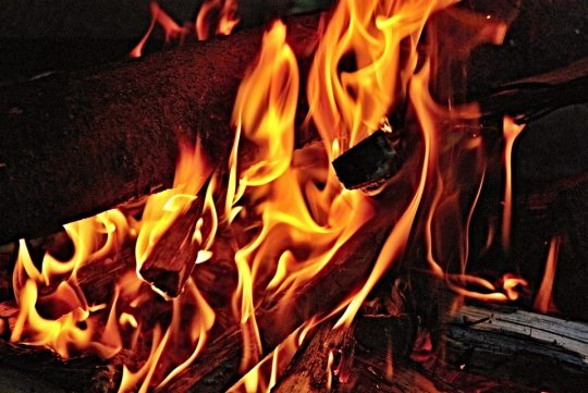 plamen-vatre