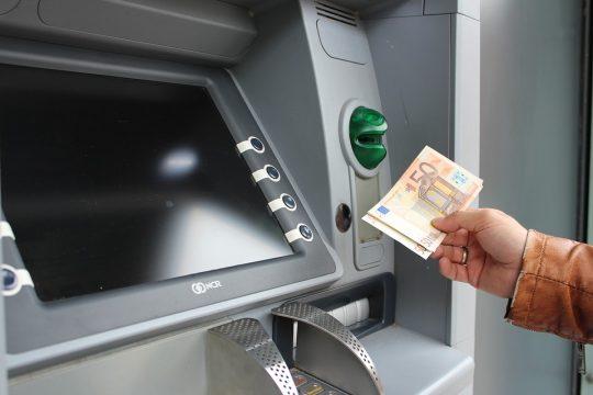 Šta znači sanjati bankomat?